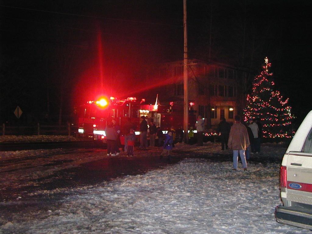 TreeLighting1003 - Christmas Tree Lighting